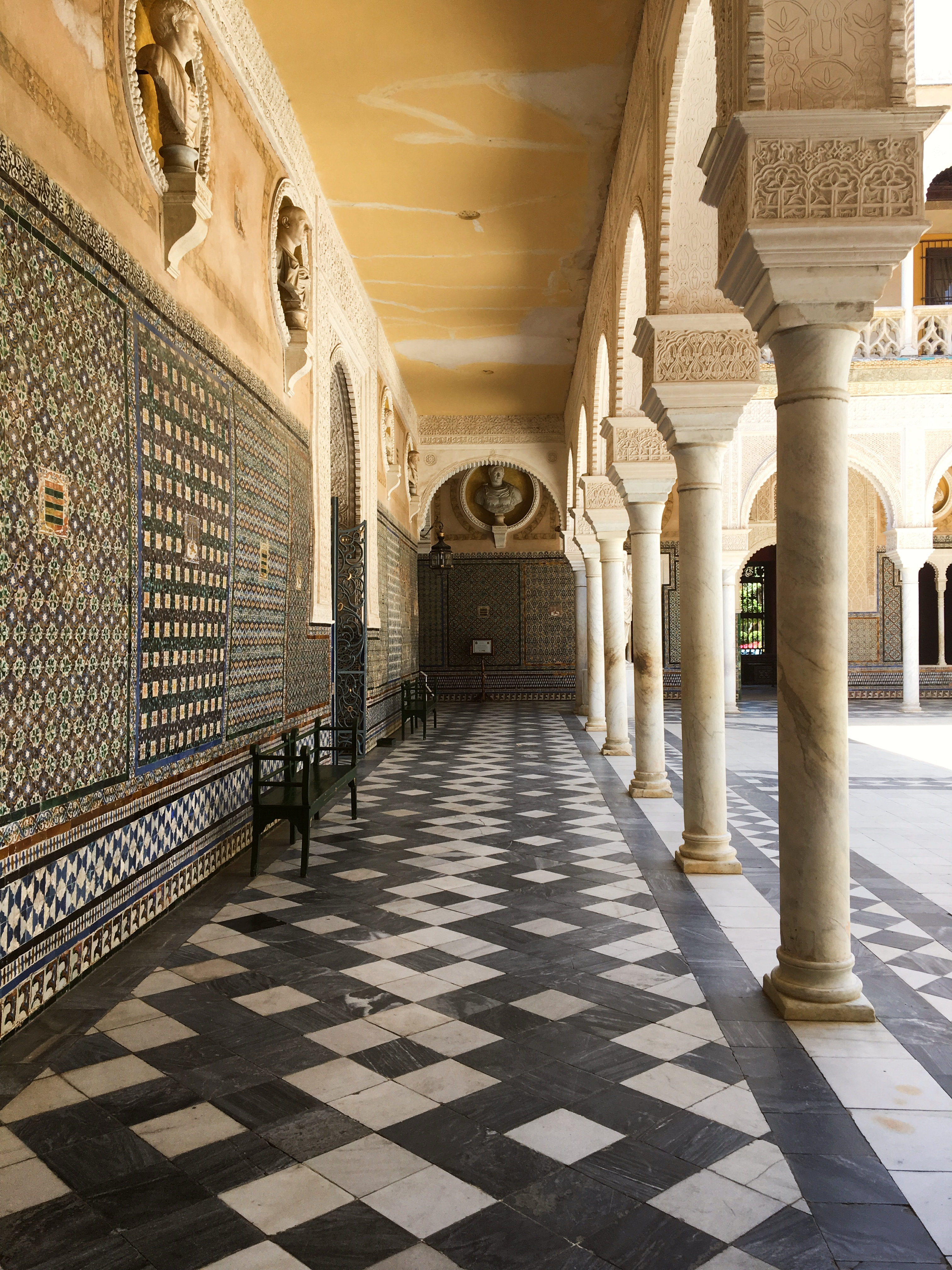 couloir patio.jpg